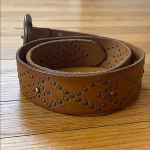 Express leather belt with rhinestones